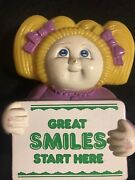 Rare Vintage Pre-cabbage Patch Kids Plastic Holding Sign Hg Toys 1984 O.a.a Ltd.
