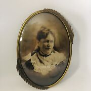 Antique Brass Gold Leaf Detail Oval Convex Glass Portrait Picture Frame 17 Tall
