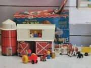 Vintage Fisher Price Little People Play Family 915 Farm W/ Box Complete+ E6