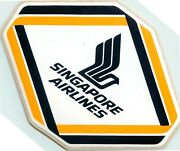 Singapore Airlines - Scarce / Striking Old Airline Luggage Label / Decal C 1960