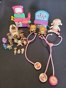 Lot Of Disney Doc Mcstuffins Talking Exam Table Stethoscopes + Care Cart Figures