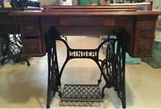 Antique 1899 Singer Treadle Sewing Machine In Cabinet