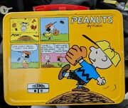 Vintage Peanuts Metal Lunch Box 1970's By Thermos Snoopy Schultz Comics
