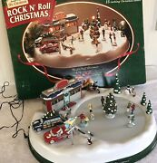 Mr Christmas Rock N Roll Diner Skating Rink Animated Musical W/ Box Tested Works