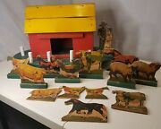Old Vintage Wood Barn With Lithograph Animals And Figures Farm Toy Primitive