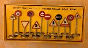 Dinky Toys No. 771 International Road Signs Set Excellent In Original Box