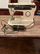 Vintage Singer 7110 Sewing Machine With Power Cord And Foot Pedal