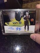 Trae Young 2018 Panini Noir Sneaker Spotlight Gold Auto 20/99 Rookie Mint Invest