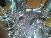 Oneida Parkland Silver Plated Tea Set With 2 Bowls And Butter Dish