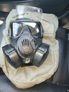 Us Army Avon M50 Gas Mask Size Large - Excellent Condition With Bag And 2 Filter