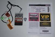 Willie Nelson Outlaw Festival 2018 Laminate Pass + Sheryl Crow Guitar Pick