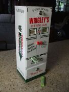 Wrigley's Spearmint Gum Double Column Vending Machine Gumball Candy Last One