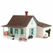 Woodland Scenics 5206 - Country Cottage - N Scale Kit