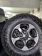 2021 Jeep Gladiator Tires And Wheels. Less Than 100 Miles Lt285/70r17.