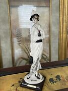 Guiseppe Armani 1987 Florence Figurine Made In Italy -color