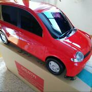 Rare Toyota Sienta 09crs105 Super Red Miniature Car With Box Shipped From Japan