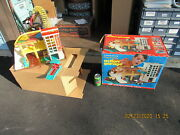 Fisher Price Little People Play Family Action Garage 930 W/box 1970