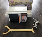 Vintage 1978 Kenner Betty Crocker Easy Bake Mini Wave Oven With Box