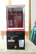 Victor Model 88 - 10 Cent Gum/capsule Vending Machine With Key