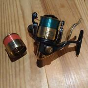 Very Rare Good Condition Item Daiwa Tournament Z 2500lbd Fishing Reel From Japan