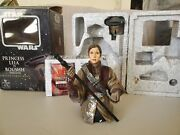 Carrie Fisher Autographed Gentle Giant Star Wars Princess Leia Boushh Mini-bust