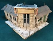 Rich White Models O/on30/on3 Scale Adams Express Office Hydrocal Walls Only