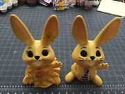 Vintage Pair Of Easter Bunny Rabbit Boy And Girl Hard Plastic Piggy Banks Stoppers