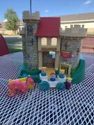 Fisher-price Little People Castle King Queen Dragon 993 Vintage 1974