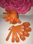 Vintage Orange Complete Set Of 13 Tupperware Kitchen Measuring Cups And Spoons