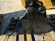 New 16 Excavator Bucket For A Takeuchi Tb125