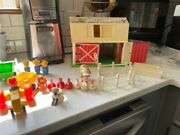 Lot Fisher Price 915 1967 Farm And Little People 1969 Bus 37 Pc