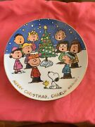 Danbury Mint Peanuts Magical Moments Merry Christmas Charlie Brown Plate