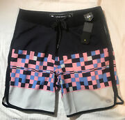 Nwt Ocean Current Mens Board Surf Shorts Swimsuit Size 30 4-way Stretch