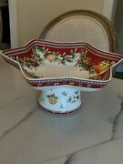 Villeroy And Boch Winter Bakery Delight Footed Centerpiece Star Shaped Treats