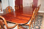 Ethan Allen Abbott Dining Table And Chairs