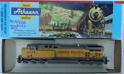 Ho Scale Athearn Union Pacific Ac4400 Diesel Locomotive 6872