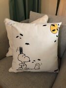 Pottery Barn Outdoor Peanuts Snoopy Pillow New Sold Out Halloween Fall 🎃