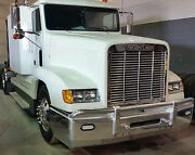 Freightliner Classis Fld 120 Grille - 304 Stainless Steel - Mirror Finish