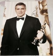 George Clooney Signed Autograph Classic Pose Oscars Trophy Smile 11x14 Photo Coa