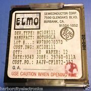 Mc10e111 Motorola Ic Die Chip Wafer 5v Ecl 19 Differential Clock Driver 10/unit