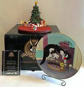 Goebel Spotlight Christmas Gift Looney Tunes Scape+sylvesterandtweety Plate/stand