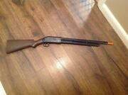 Vintage Rayline Repeater Jr. Sportsman 250 Plastic Toy Display Rifle Not Working