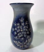 """Iron & Lace Art Pottery Queen Anne's Lace Vase Blue & White 5"""" Tall '95 Iowa"""