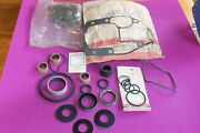 Nos Omc Evinrude Johnson Seal Kit. Part 984460. Package Was Open When Found.