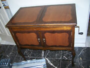 Vintage Victrola Console Gramophone Record Player, Made In 1917 In The Usa