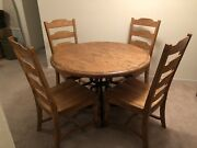 Kincaid Artisans Shoppe 44in Round Oak Dinning Table W/ 4 Matching Chairs