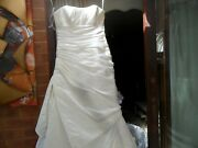 Wedding Dress Plain With Pleats On Bodice And Side Very Full Built In Bra Size12