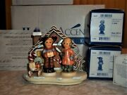 Hummel Gingerbread Lane W/sled-sweet Treats 2067a And For Me 2067b Mib'ssigned