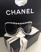 Pearl Black Sexy Runway Sunglasses Glasses New Box N Bag Sold Out Rare