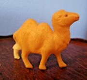 Vintage Celluloid Camel 2.5 L X 2 T Ray Rohr Cosmic Artifacts